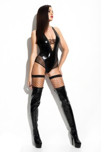 Sexy Wetlook-Body  in Schwarz